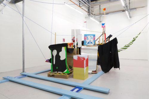 Remain (olämplig placering), Joran Stamatakakos, Fine Art. Maxad installation med spännande referenser till konsthistorien.