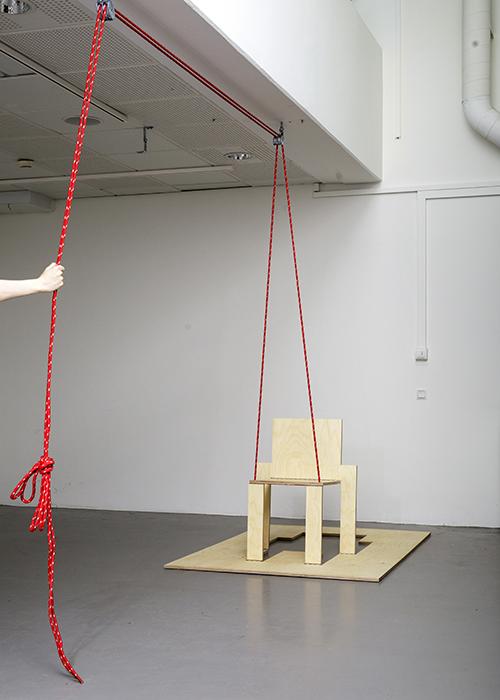 Bella_Tapper_I_Dont_Chair_Albin_Handig_Press_1